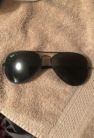 Ray Ban Sunglasses for Sale in Oxon Hill, MD