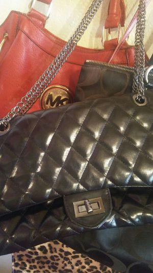 Lil black purse for Sale in Tolleson, AZ