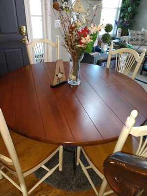 """SHIPLAP Wooden Dining TABLE 60"""" Round x 30""""H Sits on Metal Base for Sale in Arvada, CO"""
