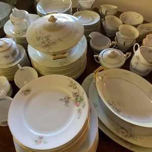Beautiful China Dishes for Sale in Glendale, AZ