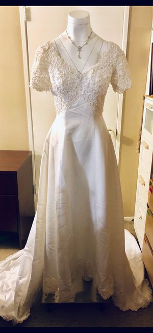 PALLAS ATHENA ELEGANT WEDDING DRESS SIZE M for Sale in City of Industry, CA