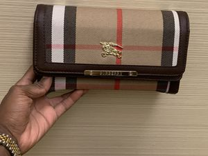 Brown Burberry for Sale in Philadelphia, PA