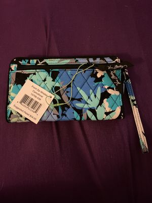 Vera Bradley front zip wristlet wallet for Sale in Arvada, CO