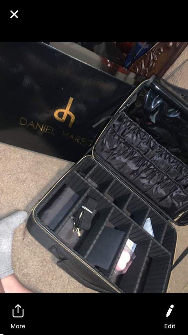 Brand new professional make up box