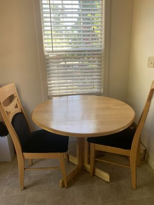 Kitchen table and two chairs for Sale in Pasadena, CA