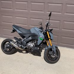 Kawasaki Z125 Pro/Honda Groom for Sale in Downey,  CA