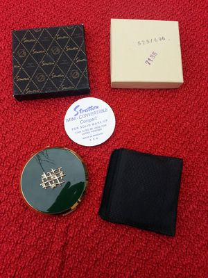 Vintage Stratton Compact Made in England for Sale in Sumner, WA