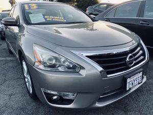 2013 Nissan Altima 2.5 SV w/ 73k miles for Sale in Whittier, CA