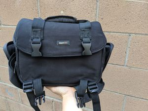 Amazon basics DSLR camera bag for Sale in Los Angeles, CA