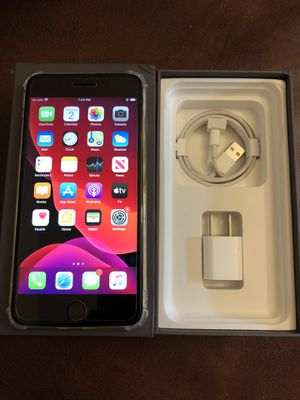 iPhone 8 Plus 64GB Factory Unlocked for Sale in Winter Park, FL