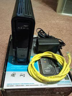 Motorola Arris Surfboard 6121 modem for Sale in Dearborn,  MI