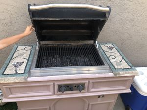 Gas bbq grill for Sale in Spring Valley, CA