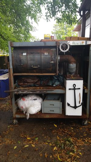 Customized smoker for Sale in Grand Rapids, MI