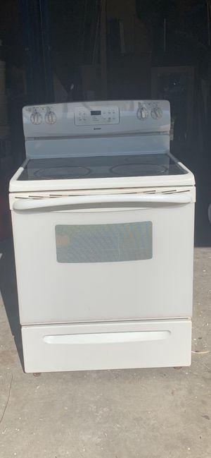 Kenmore cream stove for Sale in Lakeland, FL