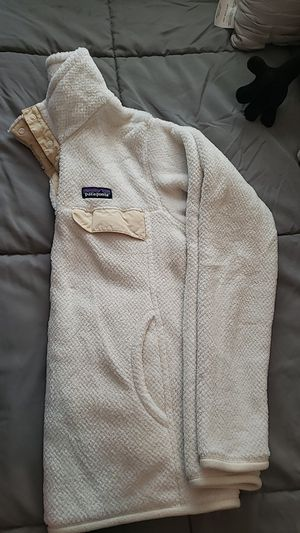 patagonia fuzzy sweater for Sale in Los Angeles, CA