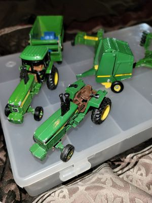 "6 peice John deere tractors and equipment scale models... approx 3""to 4"" for Sale in Leesport, PA"