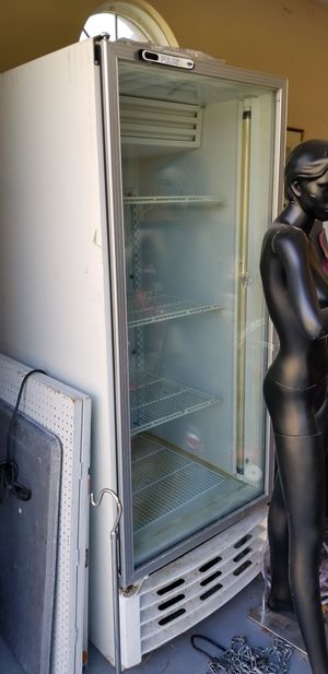Professional Freezer Needs Servicing for Sale in Detroit, MI