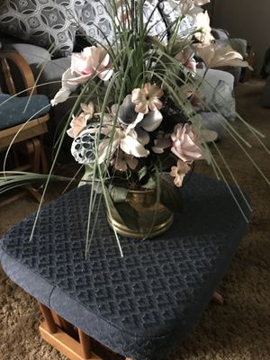 Brass Pot with Fake Flowers for Sale in Bloomingdale, IL