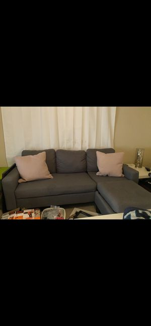 Grey L-shaped couch for Sale in Atlanta, GA