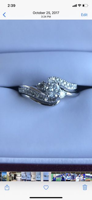 Diamond engagement ring for Sale in San Jacinto, CA