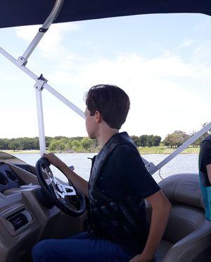 Pontoon Boat Lewisville Lake for Sale in Lewisville, TX