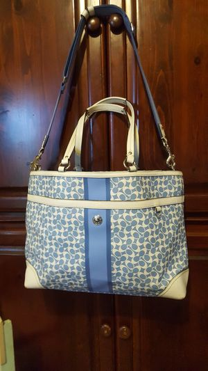 AUTHENTIC COACH PURSE TOTE DIAPERS BAG for Sale in Chino, CA