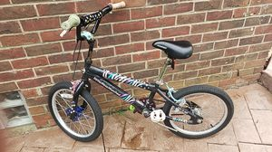 Bike for girls size 18 for Sale in Dearborn Heights, MI