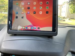NEW IPAD 7TH GENERATION SPACE GRAY 32 GB WIFI ONLY WITH CASE for Sale in Washington, DC