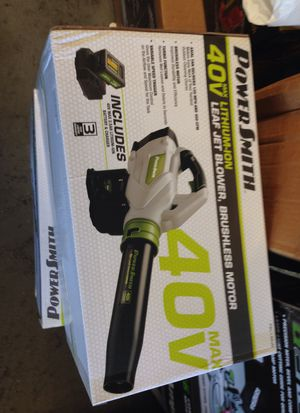 Leaf blower battery operated 40vbattery for Sale in Los Angeles, CA