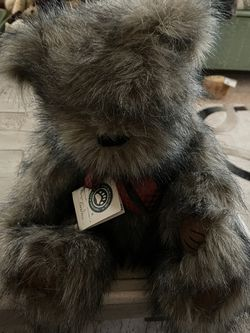 Boyds J.B. Bean and Associates Grey Bear Ferguson Q. Fuzzface for Sale in Falcon,  CO