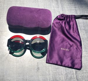 Gucci round-frame acetate sunglasses. Comes with Gucci case, Gucci cleaning cloth, Gucci protection bag. for Sale in Las Vegas, NV