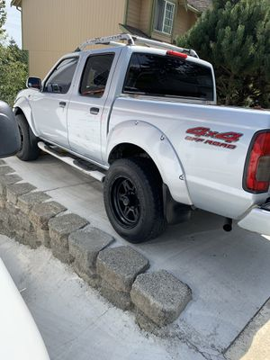 Nissan Frontier 2001 pickup for Sale in Puyallup, WA