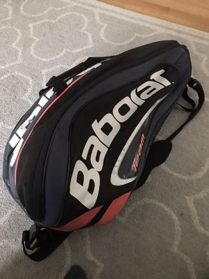 Tennis bag fits multiple rackets racquet for Sale in Clarendon Hills, IL