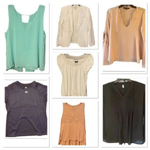Woman's clothing lot of 7 tops size Large for Sale in Tumwater, WA