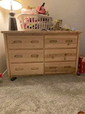 Dresser for Sale in Beaumont, CA