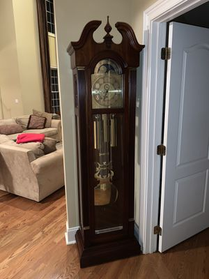 Antique grandfather clock Ethan Allen for Sale in Providence, RI