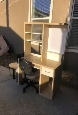 IKEA desk. Desk chair for Sale in Brentwood, CA