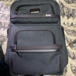 Tumi Men's Back Bag for Sale in Lemon Grove, CA
