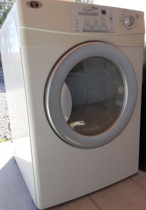 MAYTAG NEPTUNE ELECTRIC DRYER for Sale in Las Vegas, NV