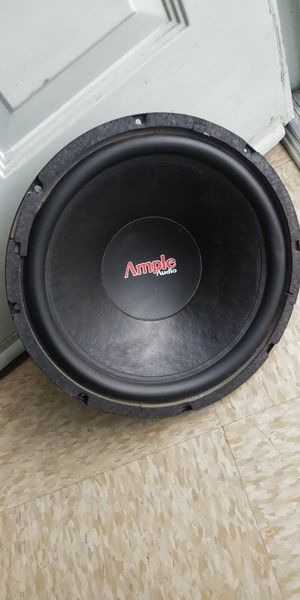 "SUBWOOFER 12"" 10"" AMP 2500W (PARA ARREGLAR) for Sale in Los Angeles, CA"
