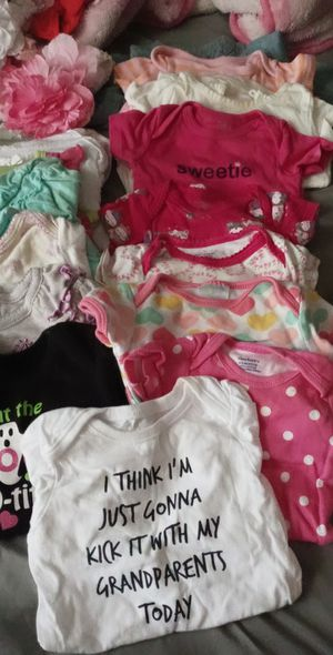Baby girl bundle for Sale in Dallas, TX