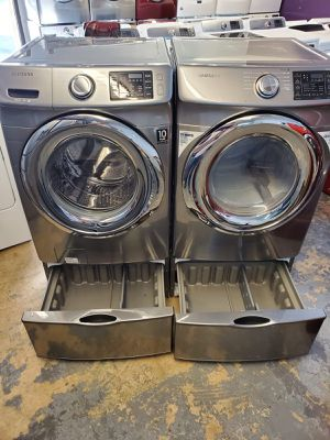 Samsung stainless steel large capacity steam washer and steam dryer electric for Sale in Katy, TX