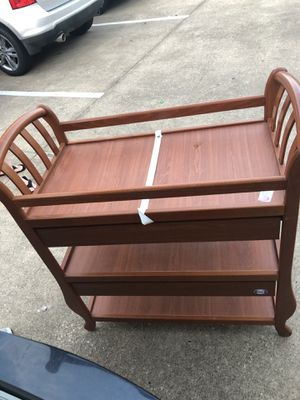 Changing table for Sale in Rosenberg, TX