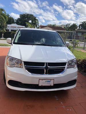 2016 Dodge Grand Caravan for Sale in Miami, FL