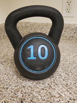 10 Pound Kettleball for Sale in Victorville,  CA