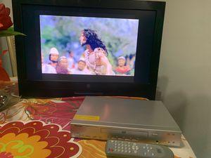 27 pulgada tv no tengo el control de la TV and dvr el si tengo el control for Sale in Miami, FL