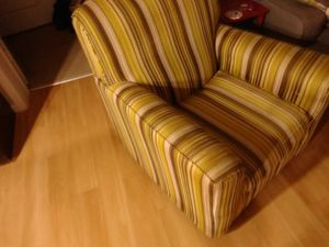 Chair sofa good condition for Sale in West Palm Beach, FL