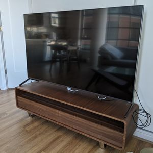 65-inch 4K TV Roku 65R625 for Sale in Washington, DC