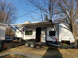 2015 Aspen Trails Travel Trailer 29 foot for Sale in College Place, WA
