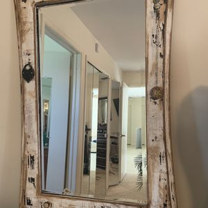 Vintage Distressed Mirror for Sale in West Palm Beach, FL